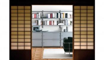 Libreria metallica con mobiletto ad ante scorrevoli