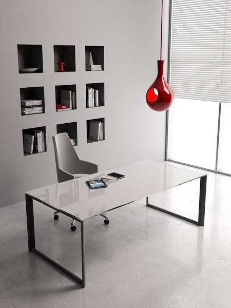 Online3-scrivania-operativa-piano-in-vetro-bianco-e-struttura-nera-riganelli