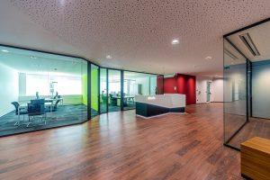 Unica-parete-divisorie-uffici-in-vetro-Riganelli-Arredamenti-1