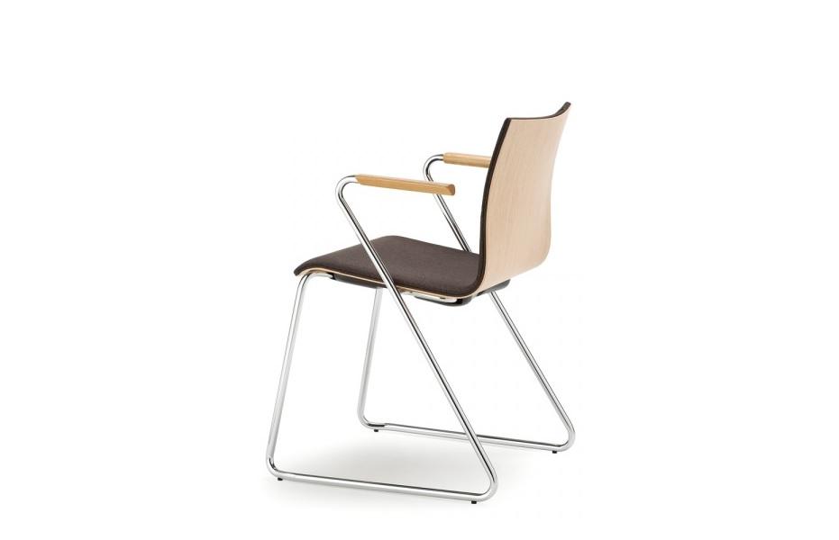 Wood sedia particolare con struttura in acciaio base slitta e sedile in legno rivestito con tessuto - riganelli