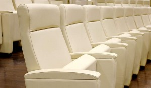 Prime poltrone imbottite per cinema teatri auditorium - riganelli