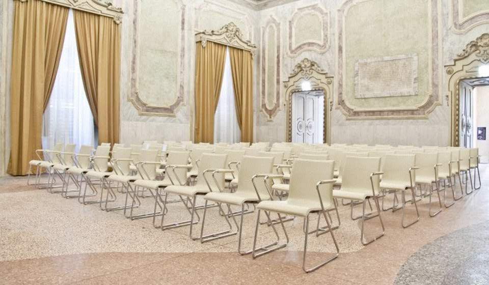 wood sedia per sala conferenze auditorium - riganelli