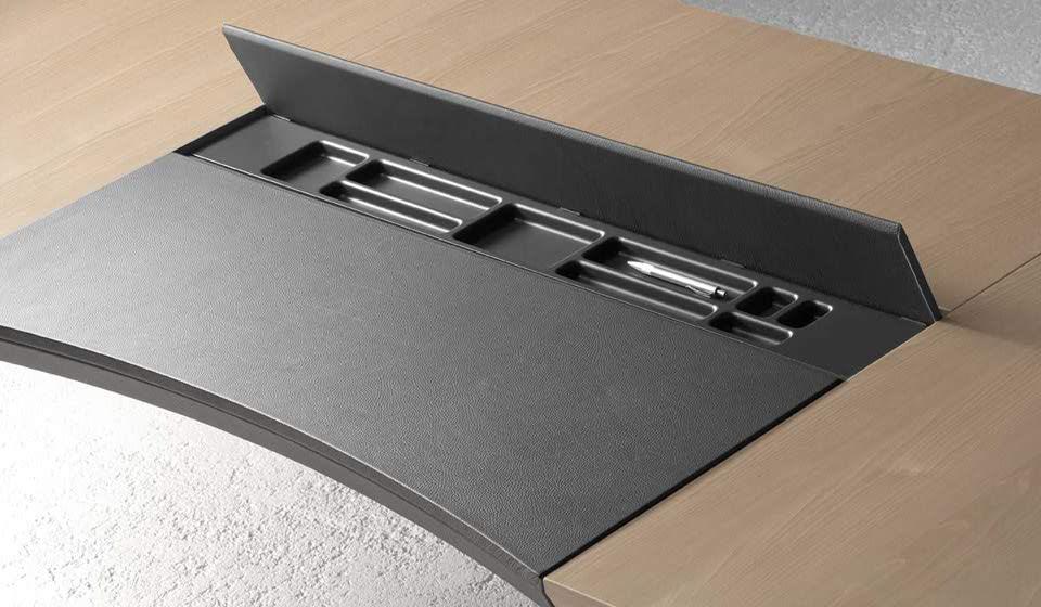 quadra scrivania accessoriata