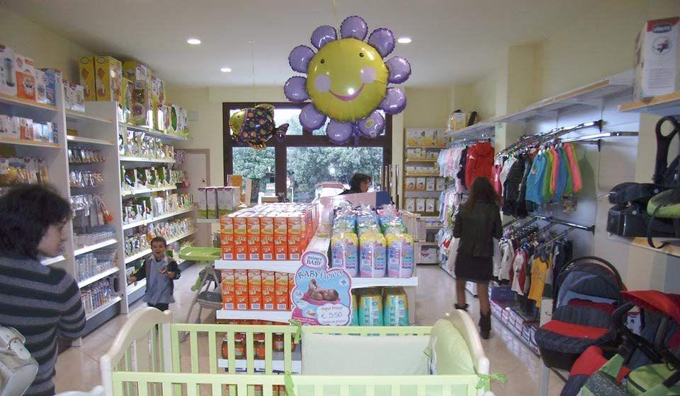 arredamento negozio articoli per l'infanzia - riganelli