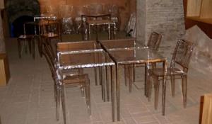 tavolini e sedie enoteca - riganelli