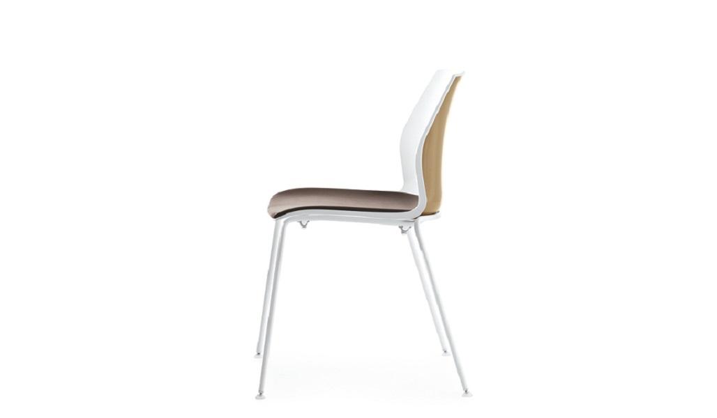 Kalea sedia impilabile