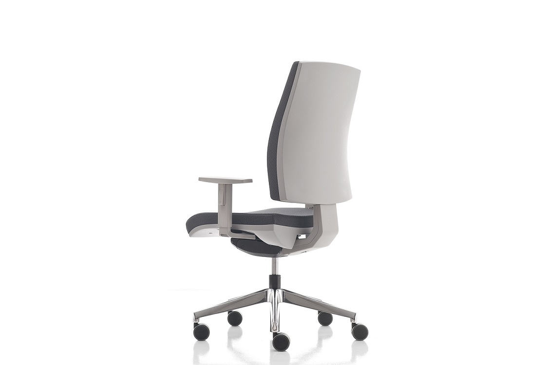 Kubika-seduta-operativa-braccioli-regolabili