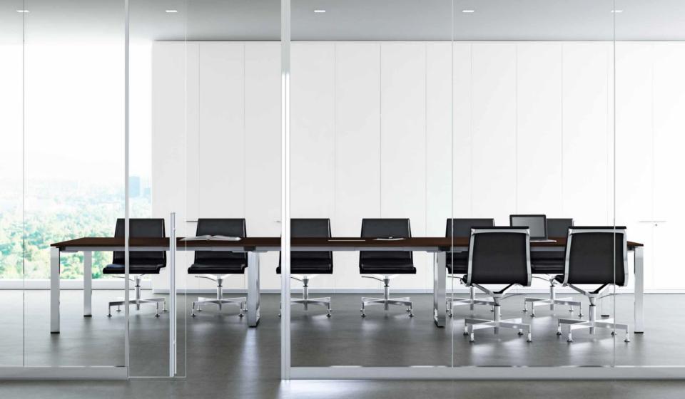 GLIDER Tavolo riunioni e sedie per sala riunioni struttura cromata