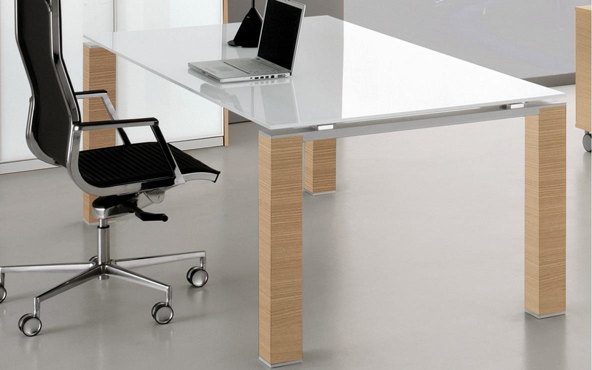 jet tavolo direzionale con gambe finitura legno - riganelli