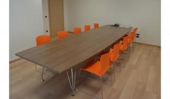 arredamento sala riunione - riganelli