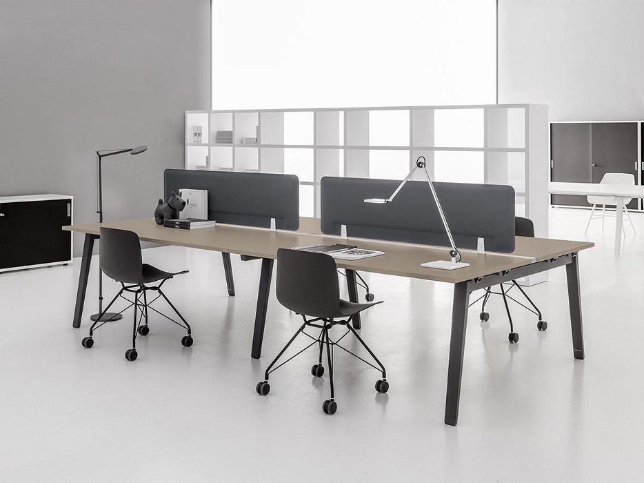 e-place scrivania operativa con pannello divisorio - riganelli