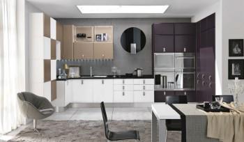 Agua Glam cucina moderna colorata con top nero