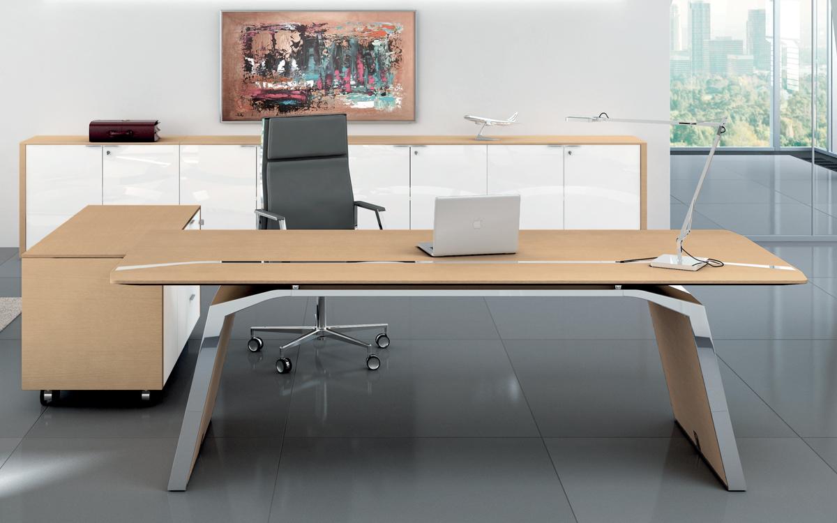 Metar scrivania ufficio direzionale