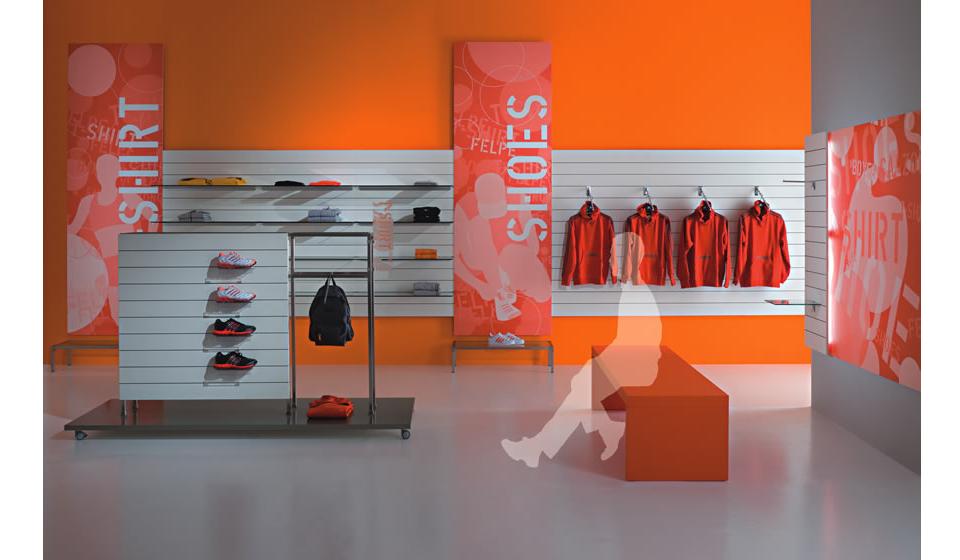 Pannelli dogati Thinline per negozio abbigliamento sportivo e casual