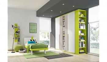 Cameretta per ragazzi colorata verde fluo armadio con libreria
