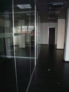 pareti-divisorie-in-vetro-realizzate-da-riganelli