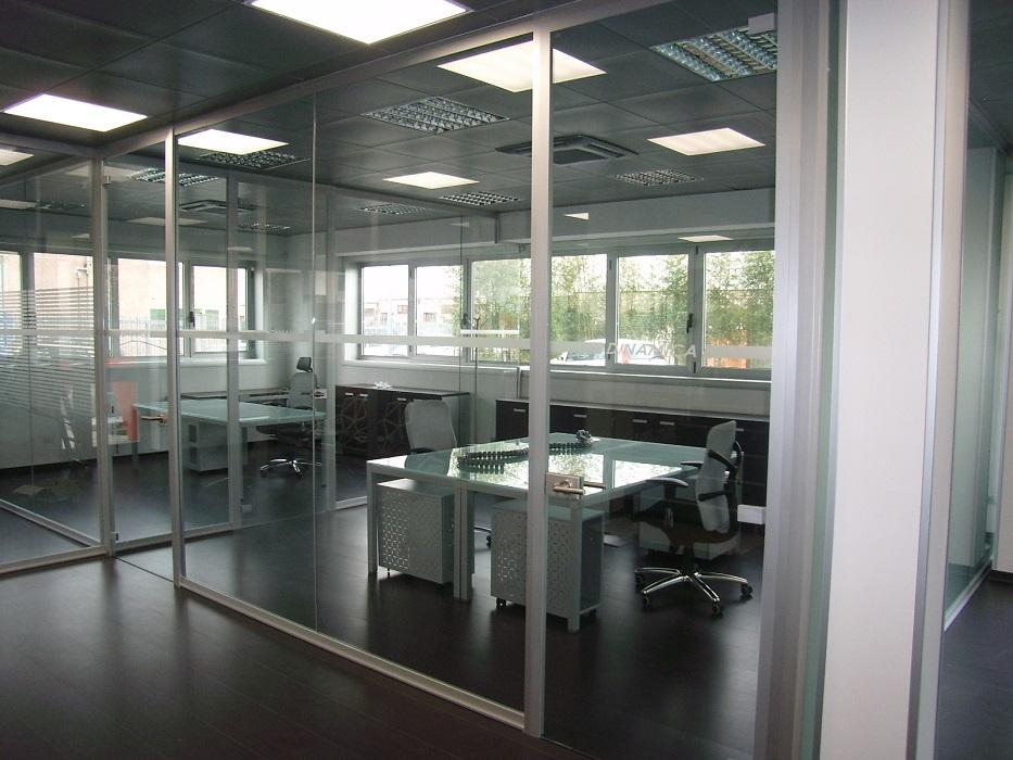 suddivisione-uffici-con-pareti-divisorie-realizzate-da-riganelli