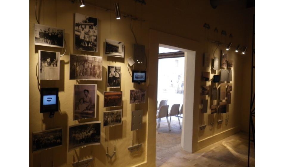 Espositori per fotografie su cavo ed a parete