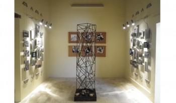 Espositori su cavi per galleria d'arte e museo