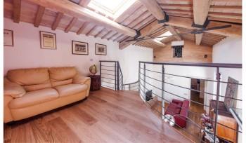 Loft su due piani soggiorno al piano superiore