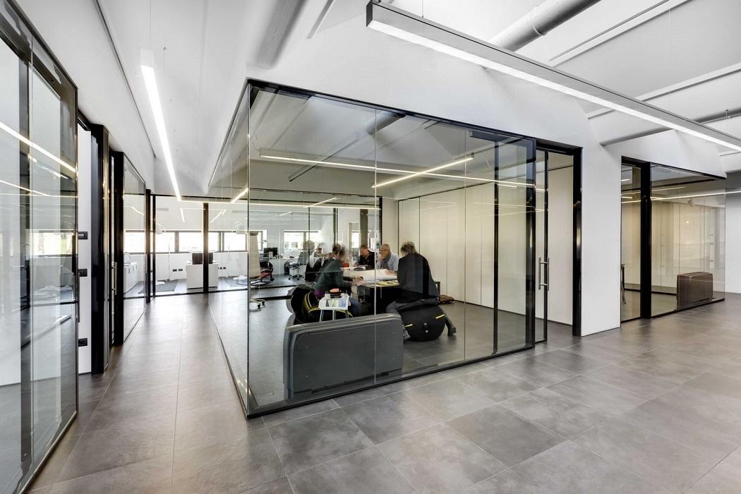 pareti-divisorie-ed-attrezzate-Riganelli-uffici11
