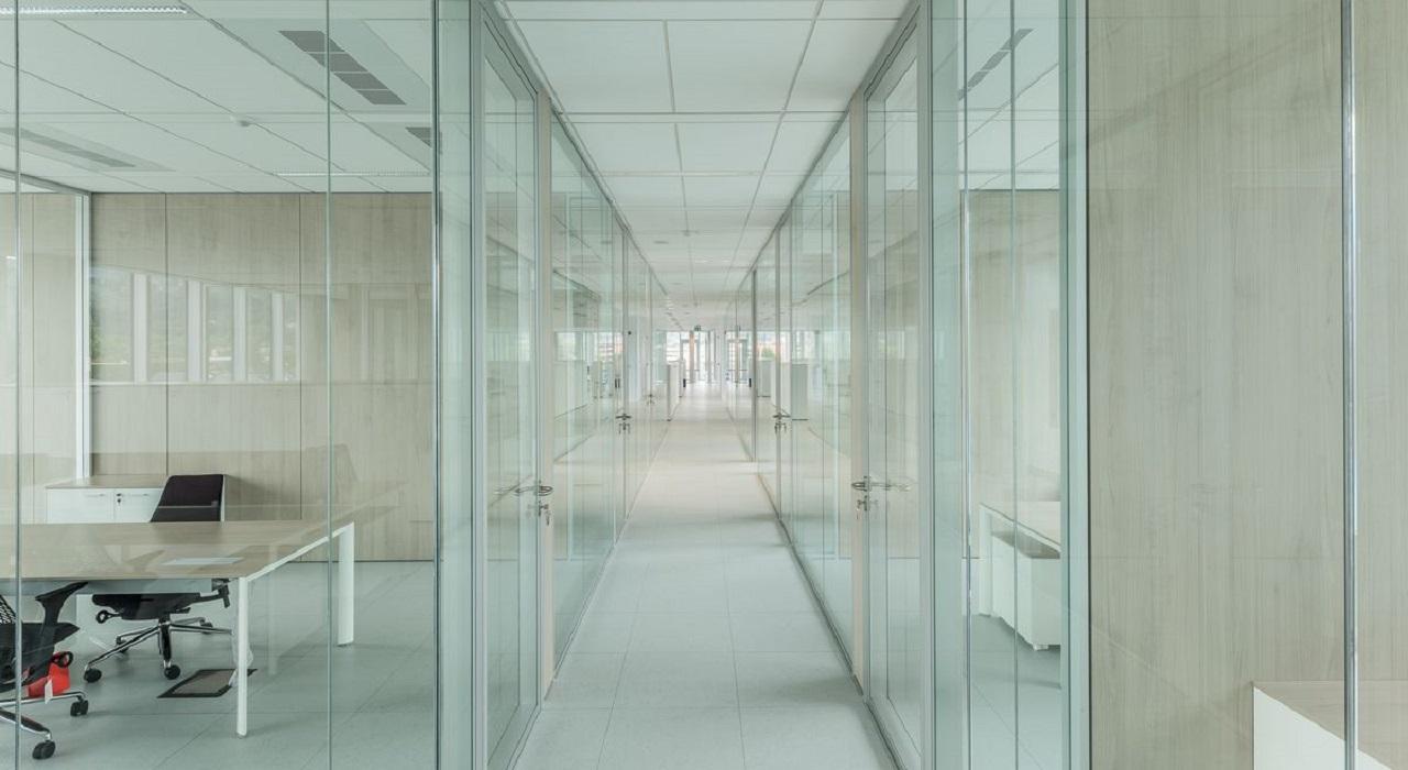 pareti-divisorie-ed-attrezzate-Riganelli-uffici4