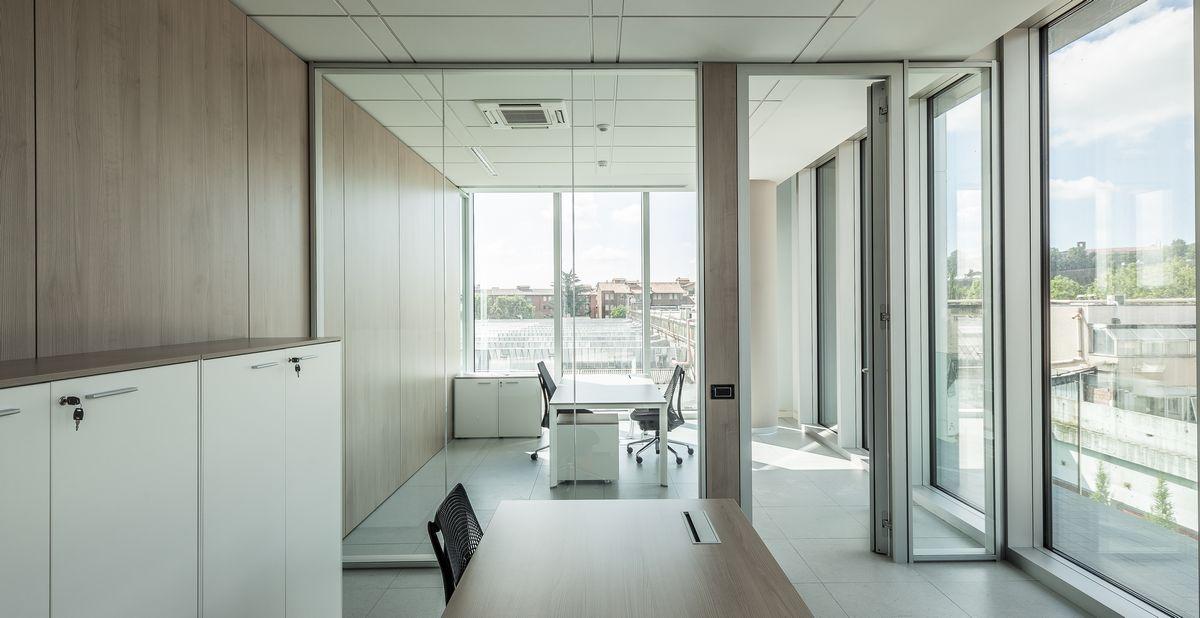 pareti-divisorie-ed-attrezzate-Riganelli-uffici8