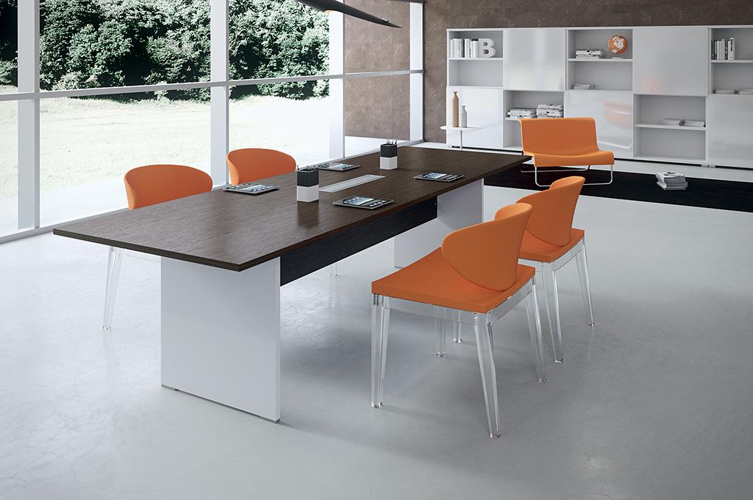 Tavolo riunioni economico legno