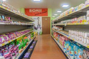 Scaffalatura-per-negozio-animali
