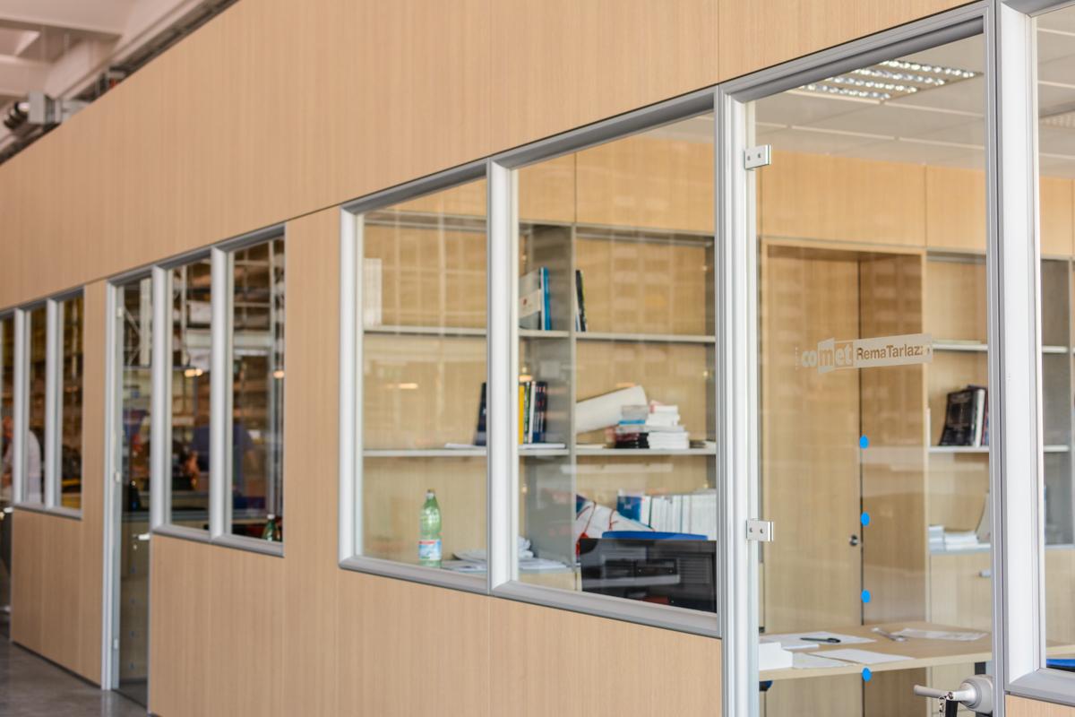 Serigrafia su porta vetrata