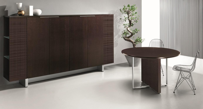 MODI-Libreria-e-tavolo-per-ufficio-direzionale-Riganelli-Arredamenti-1