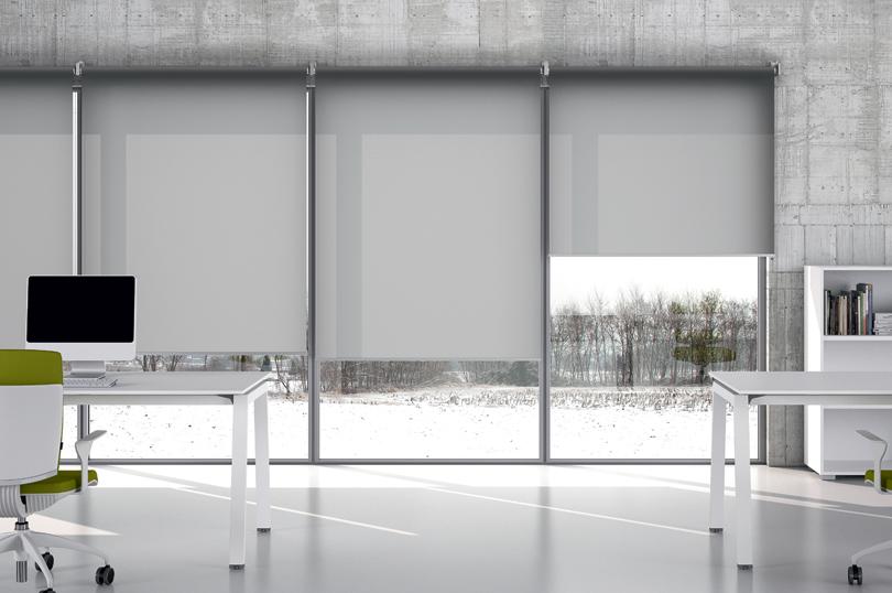 Tende tecniche rullo per grandi vetrate - Riganelli Uffici