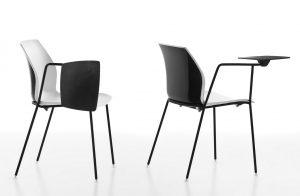 Kalea-sedia-con-tavoletta-per-scrivere-riganelli