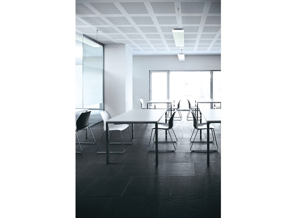 Kalea-sedute-per-aulee-conferenza-riunioni-assemblea-riganelli