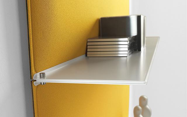 Dettaglio blade pannello acustico colorato - Riganelli Arredamenti