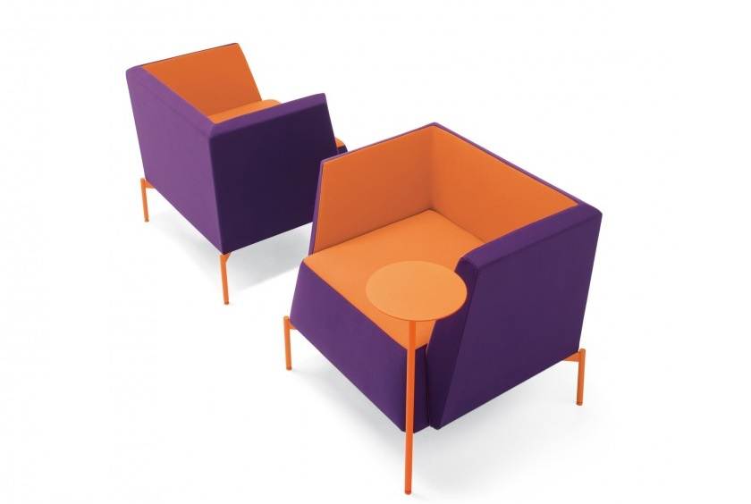 Kendo poltroncina colorata attesa collettività di design - Riganelli Arredamenti