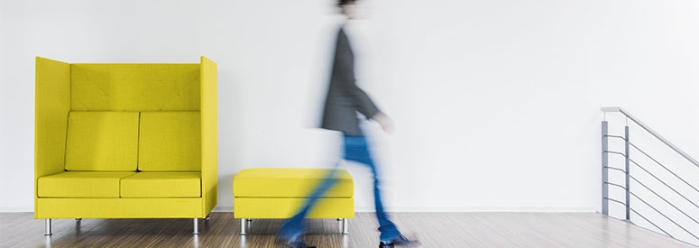 Sedute protettive…domina il lounge nel New ways of working.