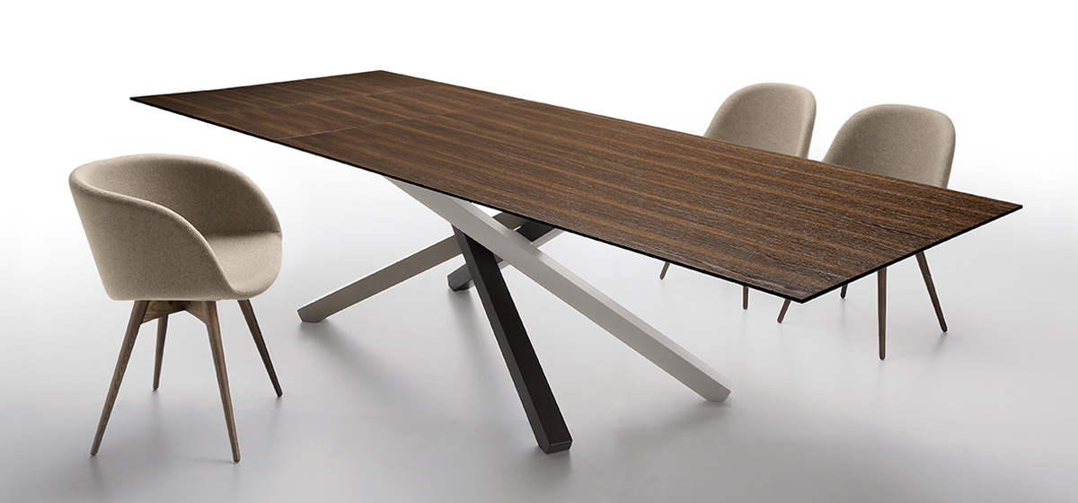 Pechino tavolo design con piano in legno per riunione e casa - Riganelli Arredamenti