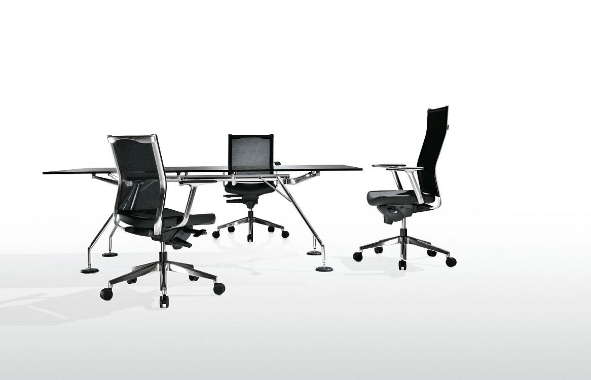 Kosmo-sedute-direzionali-per-ufficio-e-riunione-riganelli