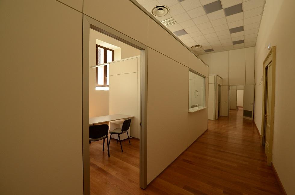 Parete-divisoria-ufficio-Riganelli-Arredamenti