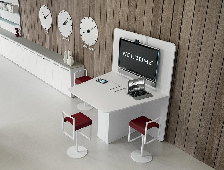 Postazione-multimediale-di-design-Riganelli-Arredamenti