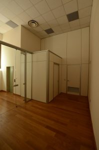 Realizzazione-pareti-divisorie-Riganelli-Arredamenti
