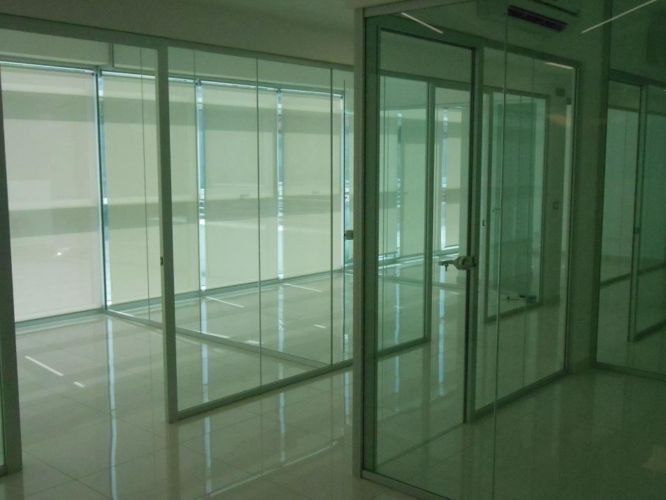 Realizzazioni-pareti-divisorie-in-vetro-Riganelli-Arredamenti