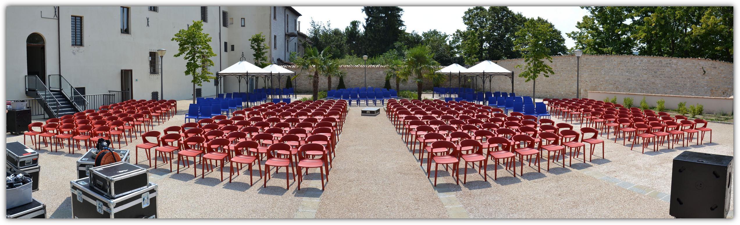 Kikka One sedia per esterni-Riganelli- realizzazioni