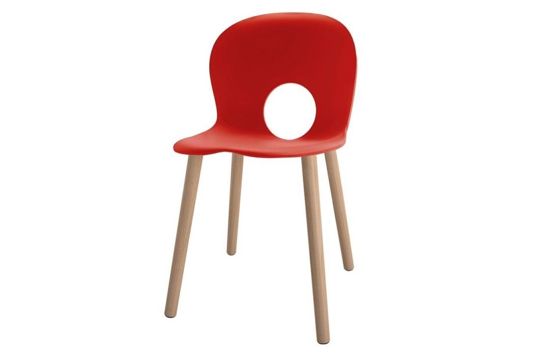 Olivia sedia colorata Rosso gamba legno - Riganelli Arredamenti