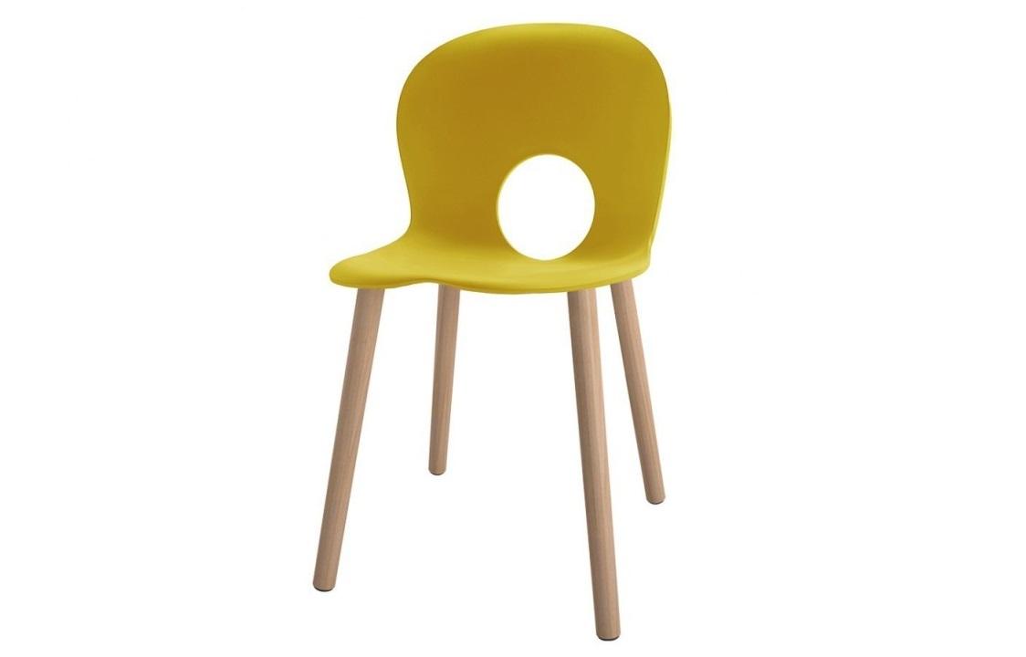 Olivia seduta di design gambe in legno - Riganelli Arredamenti