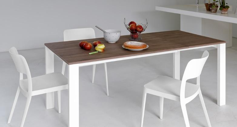 Tavolo Badù allungabile di design - Riganelli Arredamenti