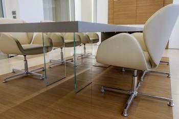 Suoni seduta girevole imbottita per sala riunione - Riganelli Arredamenti