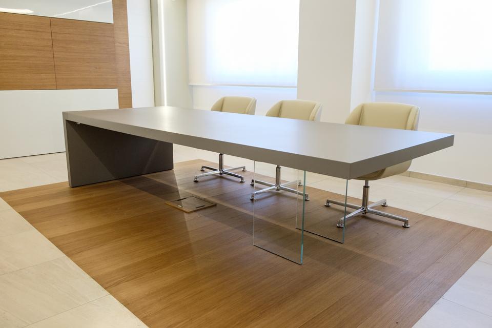 Tavolo riunione Kyo - Riganelli Arredamenti