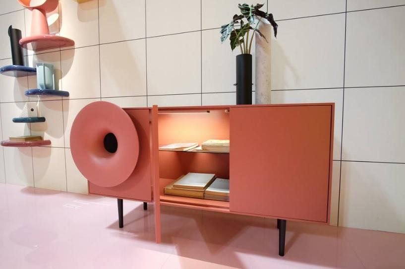 Caruso madia rosa con applicazione per la musica - Riganelli Arredamenti